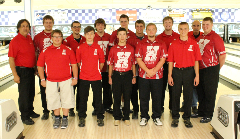 Photo for Men's Bowling Finishes 10th at Nationals