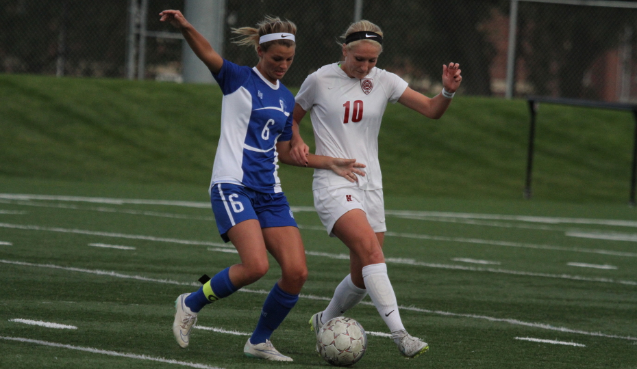Photo for Women's Soccer Cruises Past Swedes