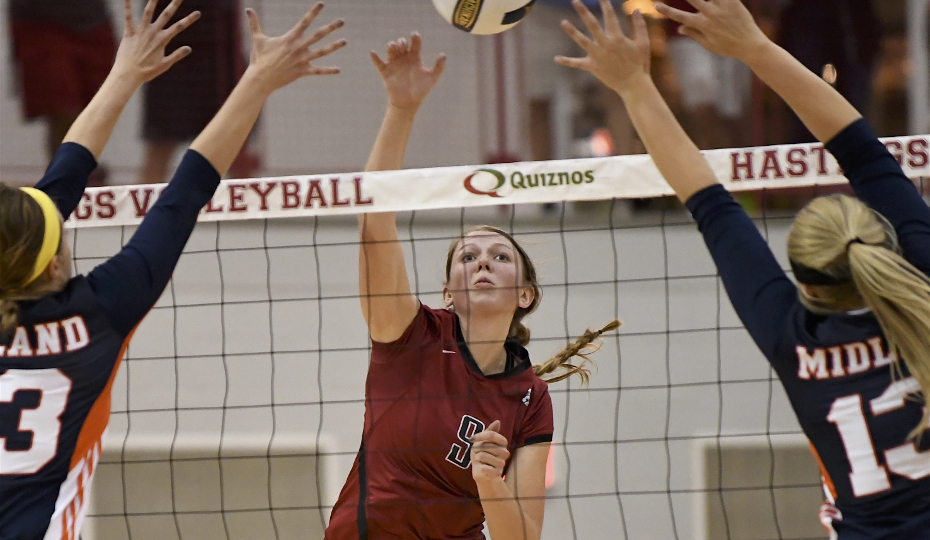 Hastings College - Volleyball Opens Pool Play With Sweep of Union