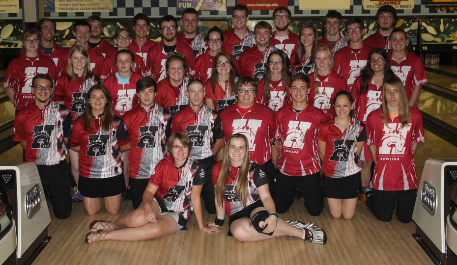 Photo for Men's Bowling Finishes 10th and Women's Bowling 16th at Nationals