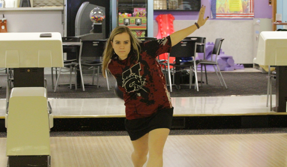 Photo for Tripp Leads Women's Bowling to 8th Place Finish